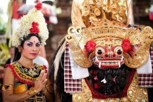 12386337-batubulan-bali-indonesia-june-23-barong-dance-the-traditional-balinese-perfomance-on-june-23-2011-in